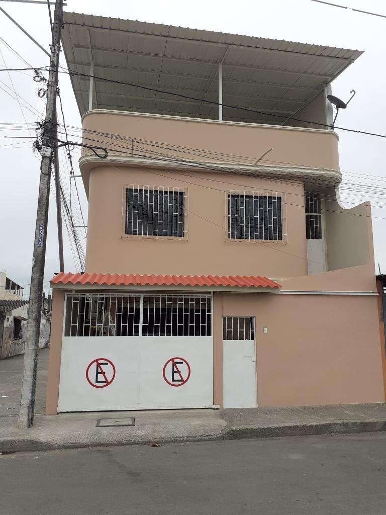 Venta Casa Grande Dos Pisos Terraza Departamentos Casas