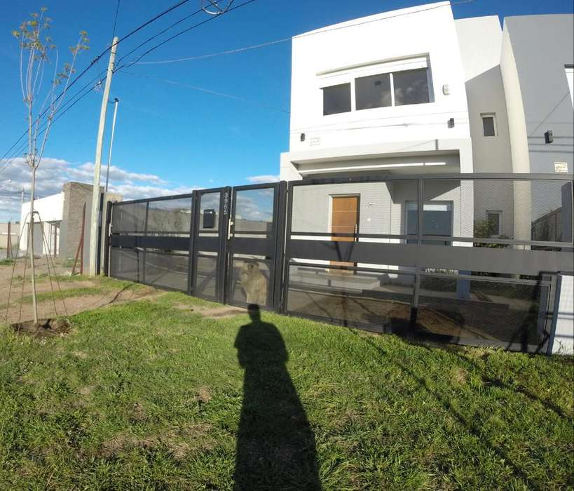 Casa 200 M2 Barrio Patagonia
