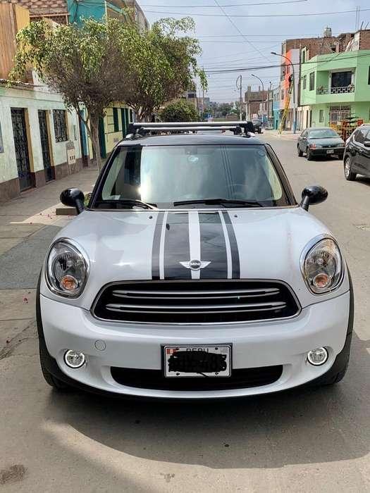 Mini Otro 2016 - 32900 km