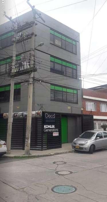 <strong>edificio</strong> ESQUINERO EN EL BARRIO SPRING