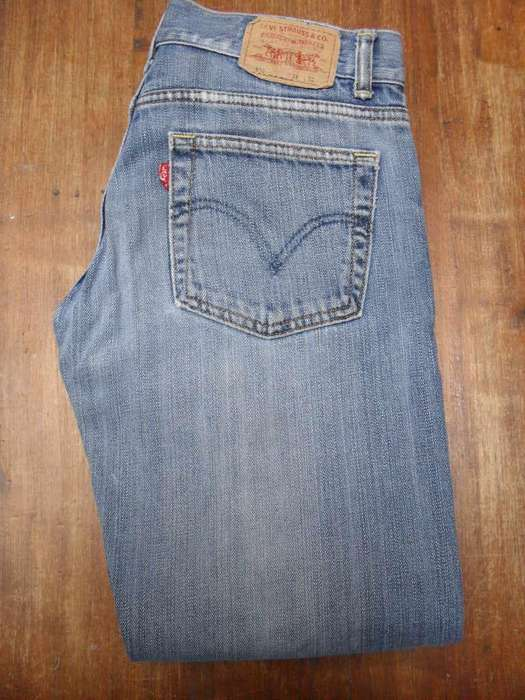 Jean <strong>levis</strong> Modelo 510 W24 L32 Talle 38