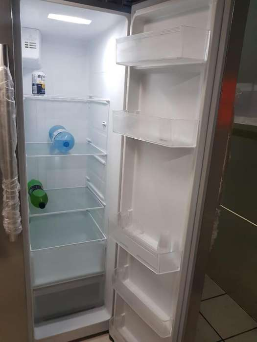 Refrigeradora MIRAY