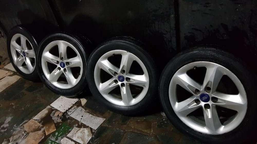Veneo Llantas de Ford Focus Originales