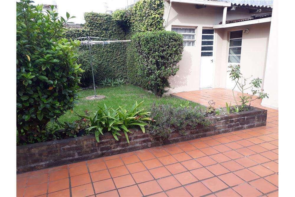 Casa 4 ambientes Beccar con patio/jardin/parrilla