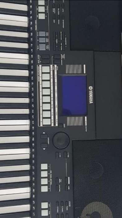 Piano Psr S550 Yamaha Impecable