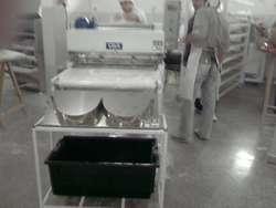 Maquinas de Cortar Tapas de Empanada