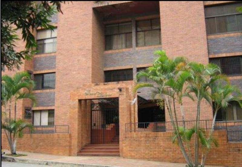 Apartamento En Venta En Cali Normandía Cod. VBGAR488