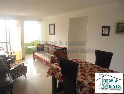 Apartamento En Venta Belen Sector Loma de Los Bernal: Código 805376