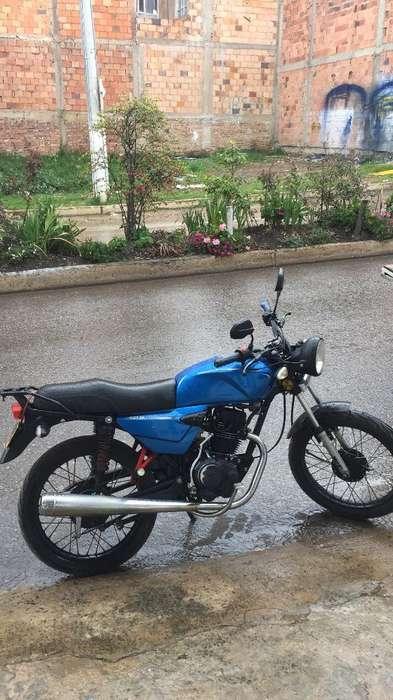 Vendo Moto Akt Nkd Modelo 2013 Solo Cart