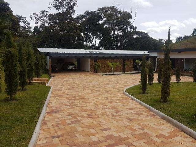 ARRIENDO DE CASA EN RIONEGRO CENTRO RIONEGRO 622-12082