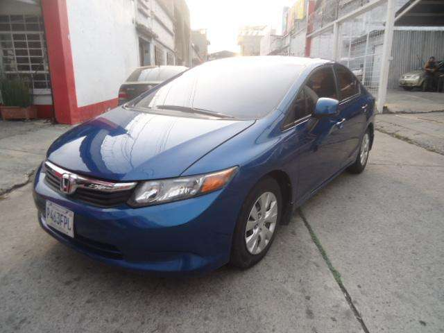 Honda Civic 2012 - 50334 km