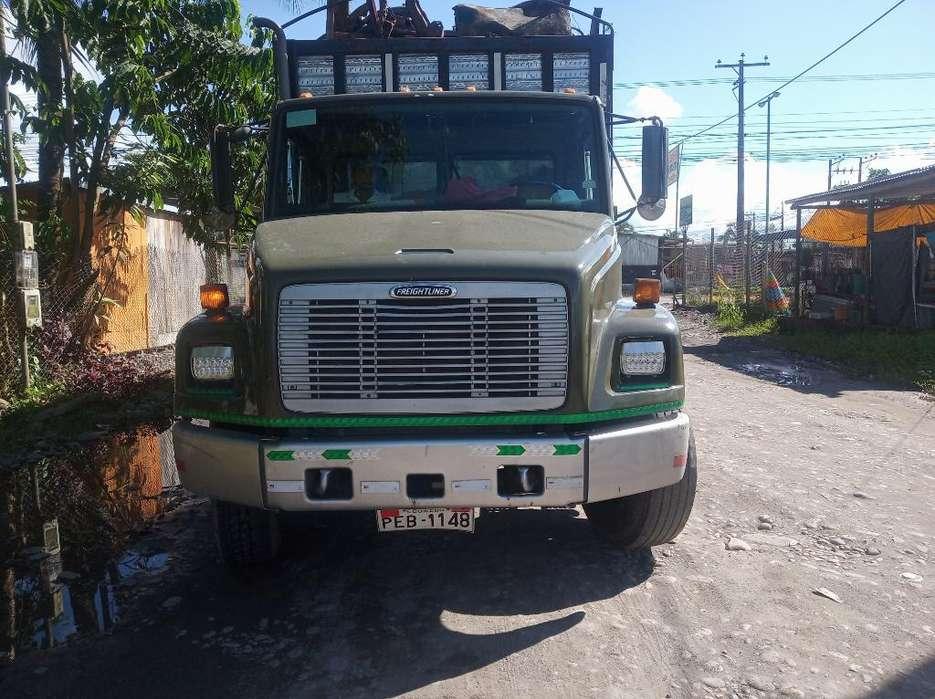 Se Vende Freightliner