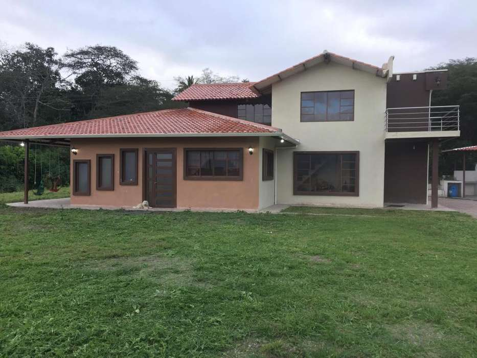 Vendo casa vacacional en yunguilla