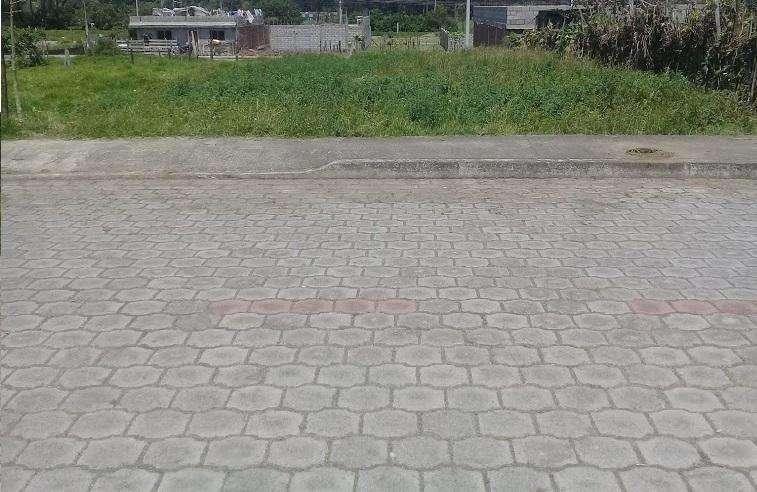Terreno De 250 M² Machachi,En Urbanización El Porvenir