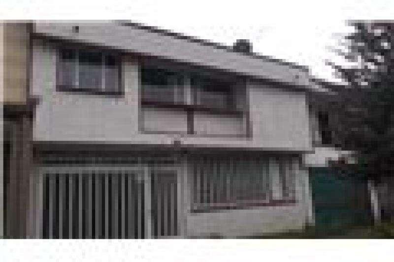 Casa En Venta En Bogota Modelia Cod. VBPRE44204
