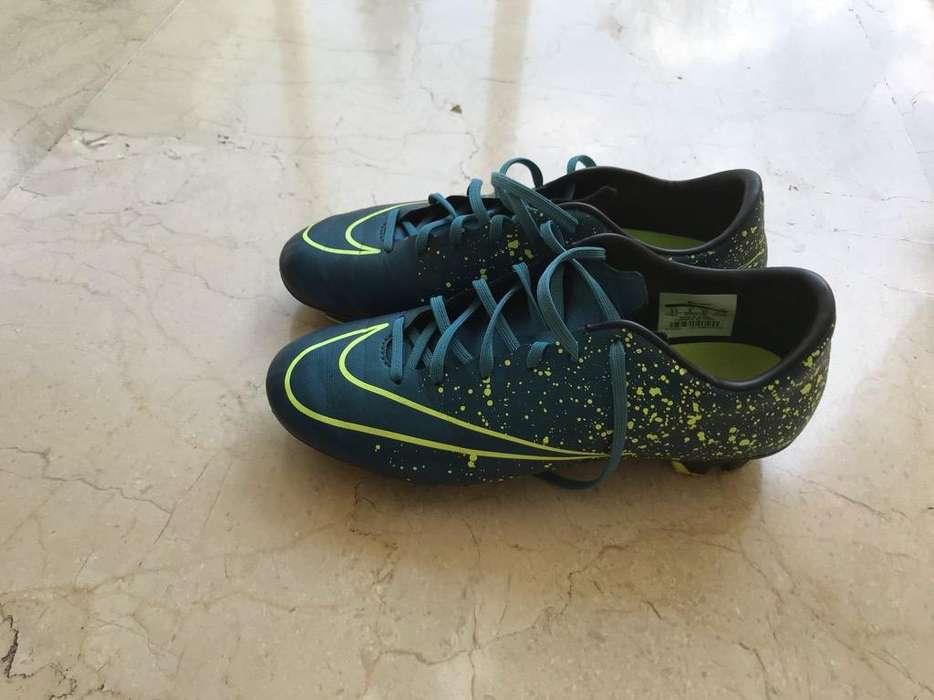 Guayos Nike de Segunda