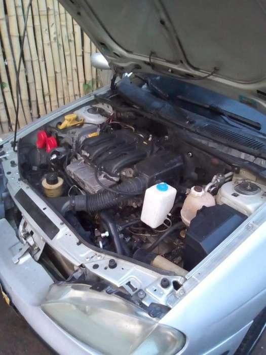 Renault Megane  2000 - 12450888 km