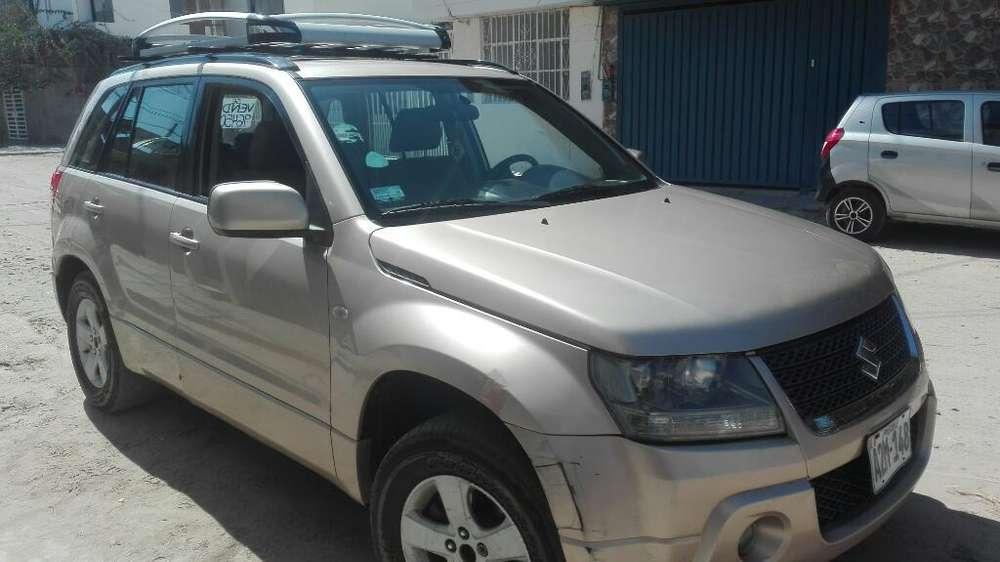 Suzuki Nomade 2010 - 20000 km