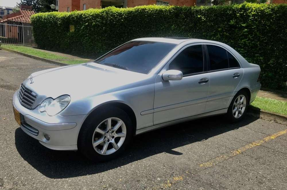 <strong>mercedes-benz</strong> Clase C 2006 - 80000 km