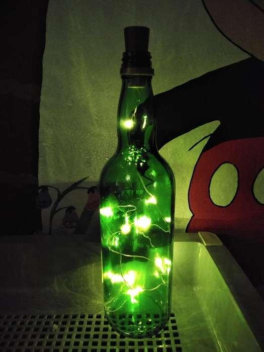 Se Vende Espectacular Lampara de Botella