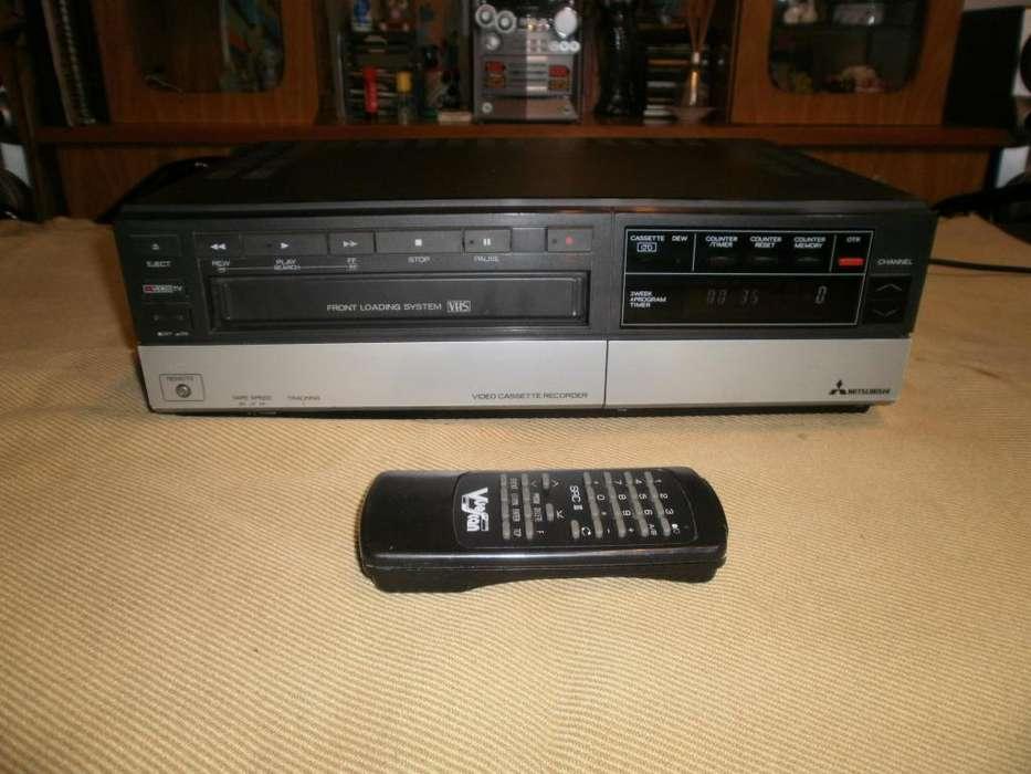 VIDEO GRABADORA VHS c/ control remoto 199.-