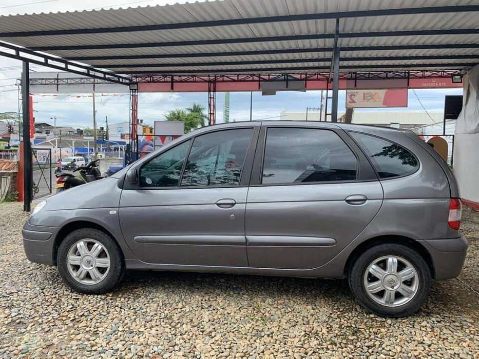 Renault Scenic  2002 - 184000 km