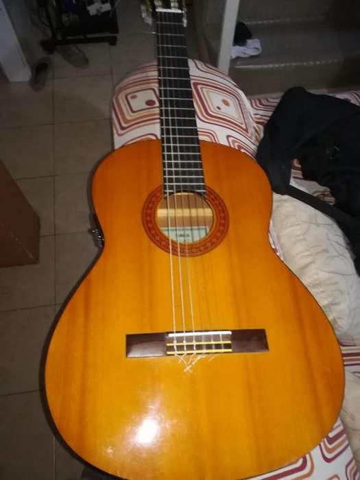 GUITARRA CLASICA YAMAHA C60