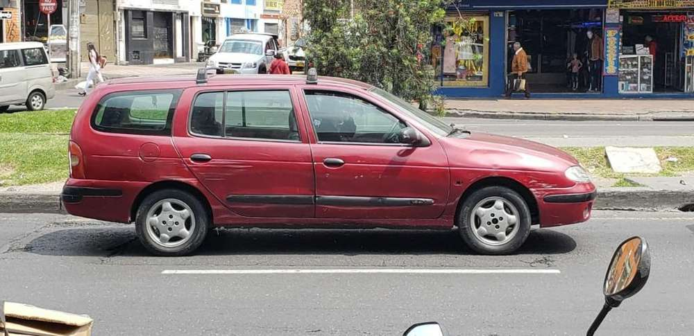 Renault Megane  2001 - 156000 km