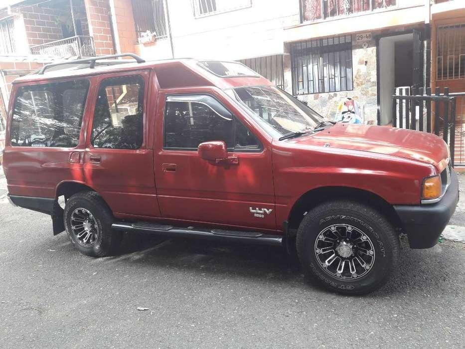 Chevrolet Luv 1990 - 100 km