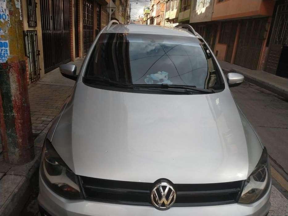 Volkswagen Crossfox 2013 - 48000 km
