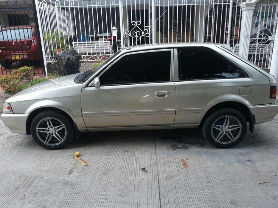 Mazda 323 2003 - 95000 km
