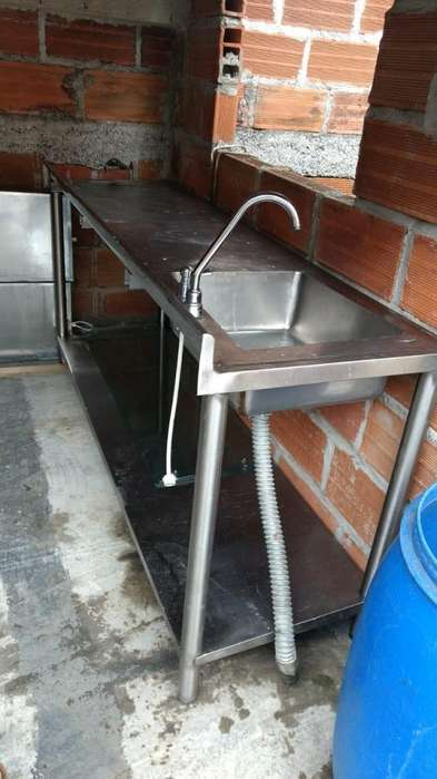 Ganga lavaplatos con meson industrial