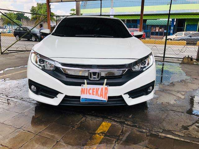 Honda Civic 2016 - 32000 km