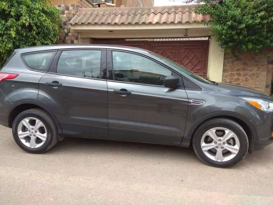 Ford Escape 2016 - 111111111 km
