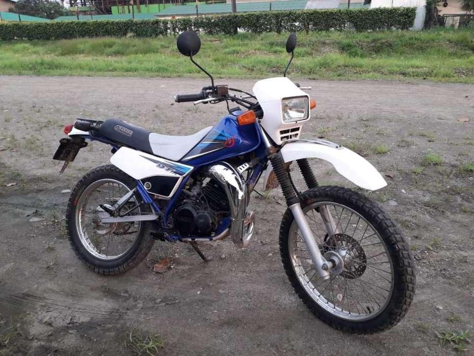 Moto Yamaha Dtk 175