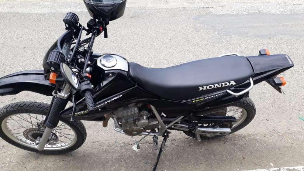 Moto <strong>honda</strong> Tornado 2013 Llame 0983819753
