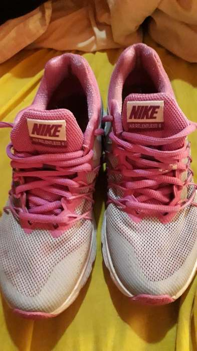 Zapatillas Rosas de Dama