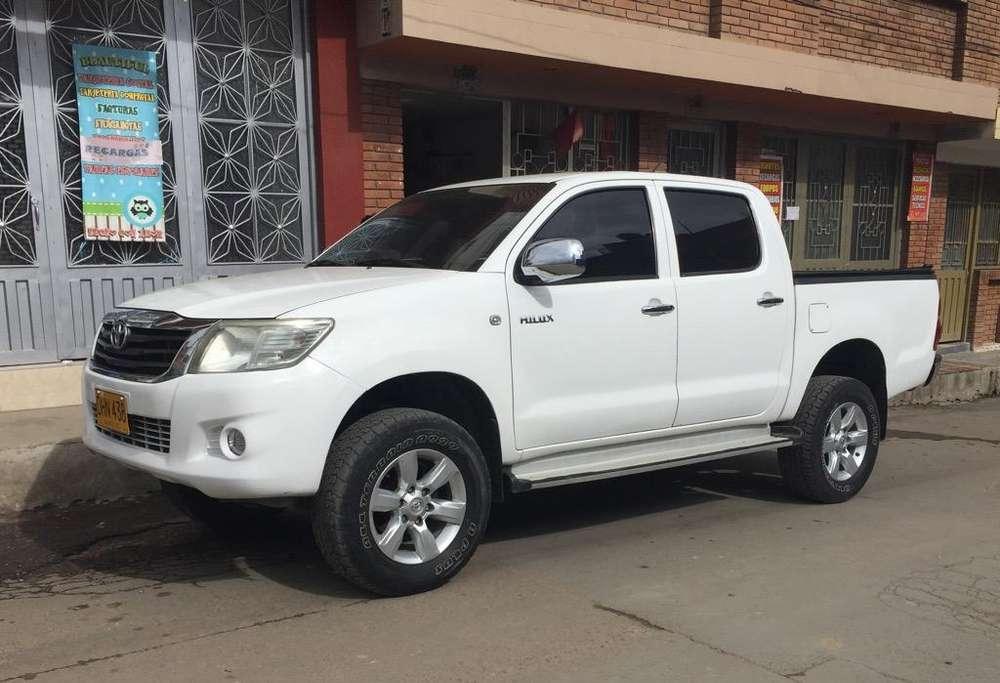 Toyota Hilux 2012 - 91500 km