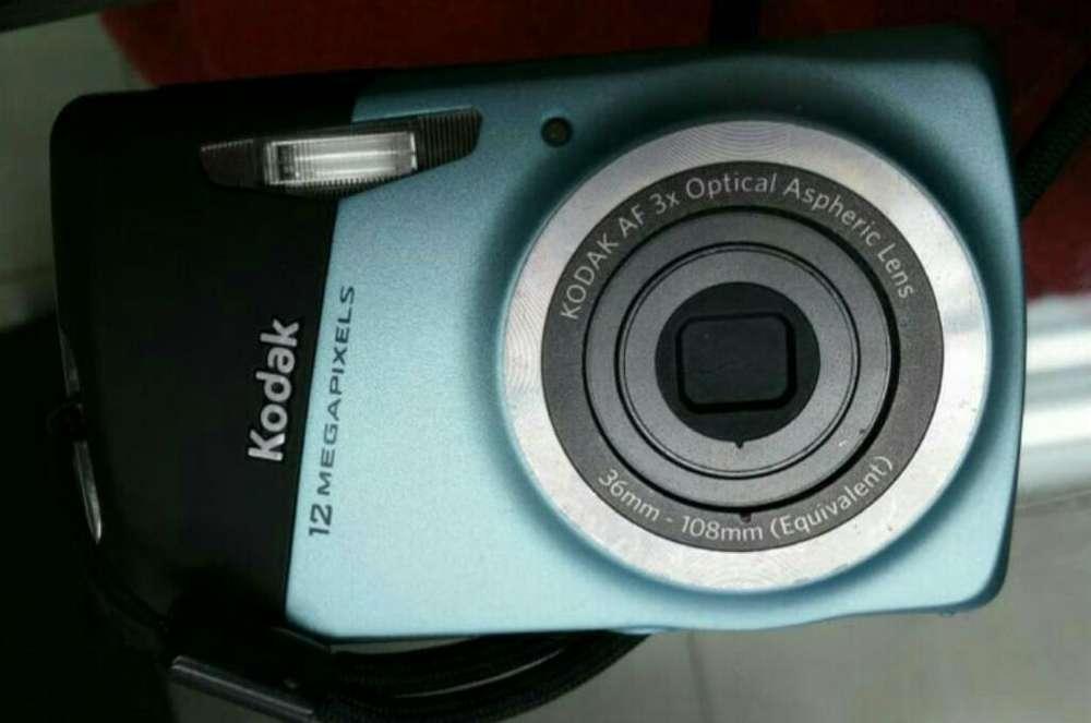 Camara Kodak M 530