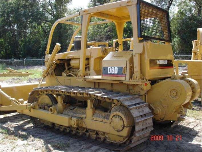 alquiler de tractor caterpillar