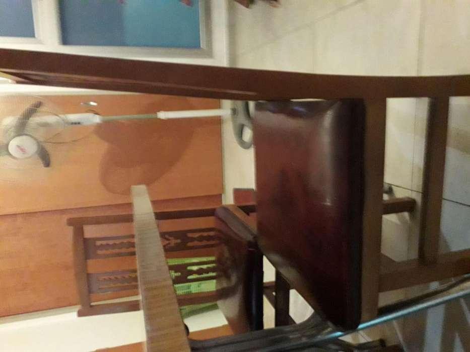 Mesita y 3 <strong>silla</strong>s
