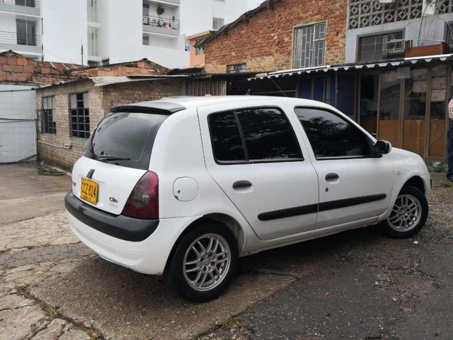 Renault Clio  2008 - 117900 km