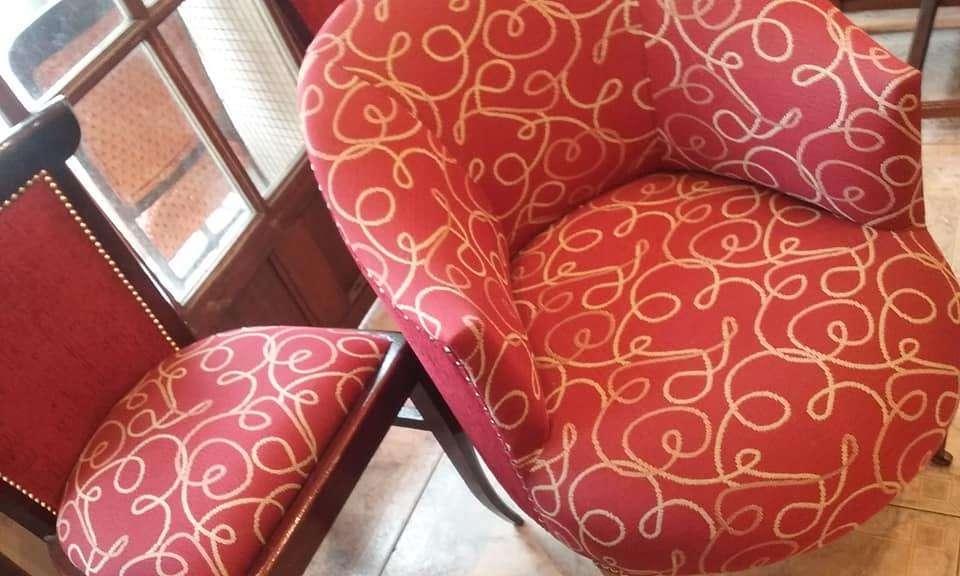 restaurado sillon 7000 y restauradas sillas 2500 pesos