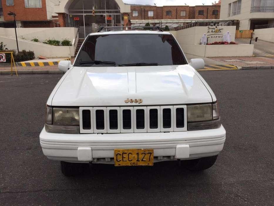 JEEP GRAND CHEROKEE 1995 - 220000 km