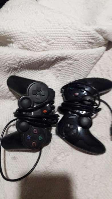 Vendo Dos Joystick para Pc Xbox 360