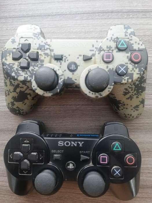 Controles originales de Play 3 excelente estado !!!
