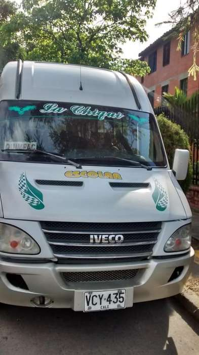 Microbus Iveco 2012 19 Psj Especial Exce