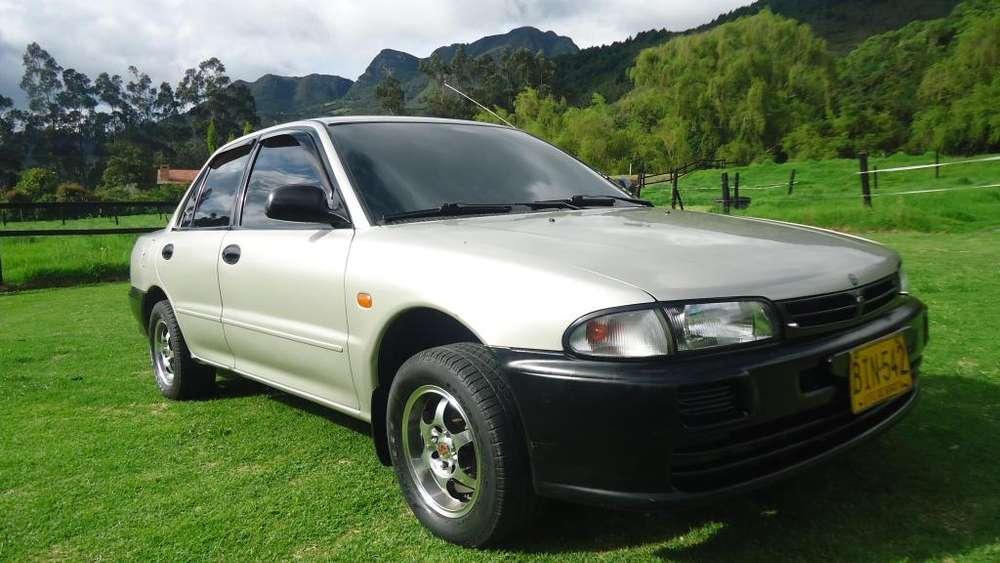 Mitsubishi Lancer 1997 - 225000 km