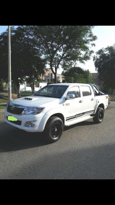 Toyota Hilux 2014 - 101000 km