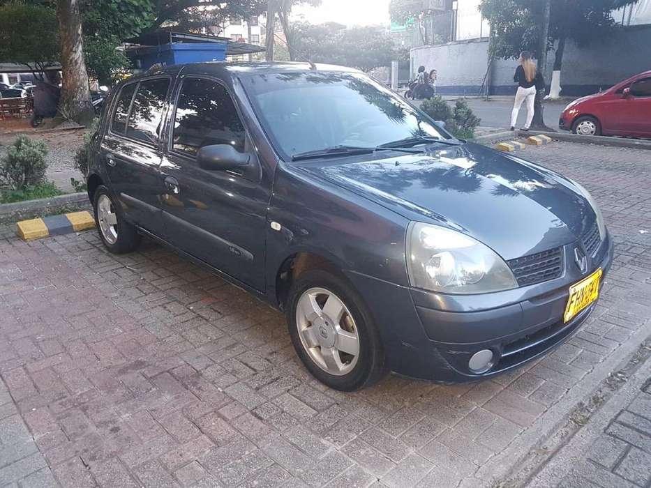 Renault Clio  2010 - 81000 km
